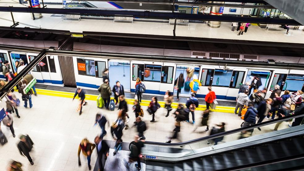 En metro de Madrid en la actualidad.